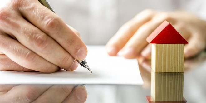 casa-firma-papel